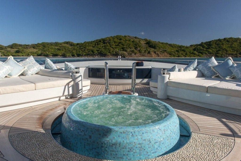 Luxury Superyacht Solandge